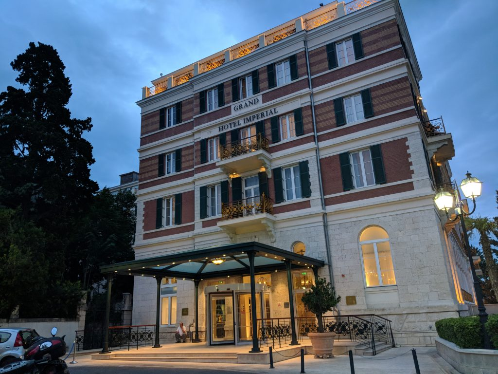 review hilton imperial dubrovnik pool