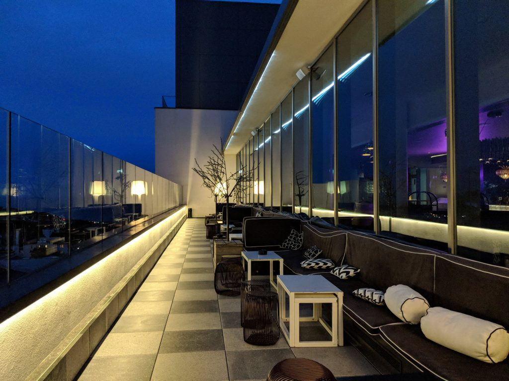 hilton bourenmouth hotels seafront hilton rooftop bar