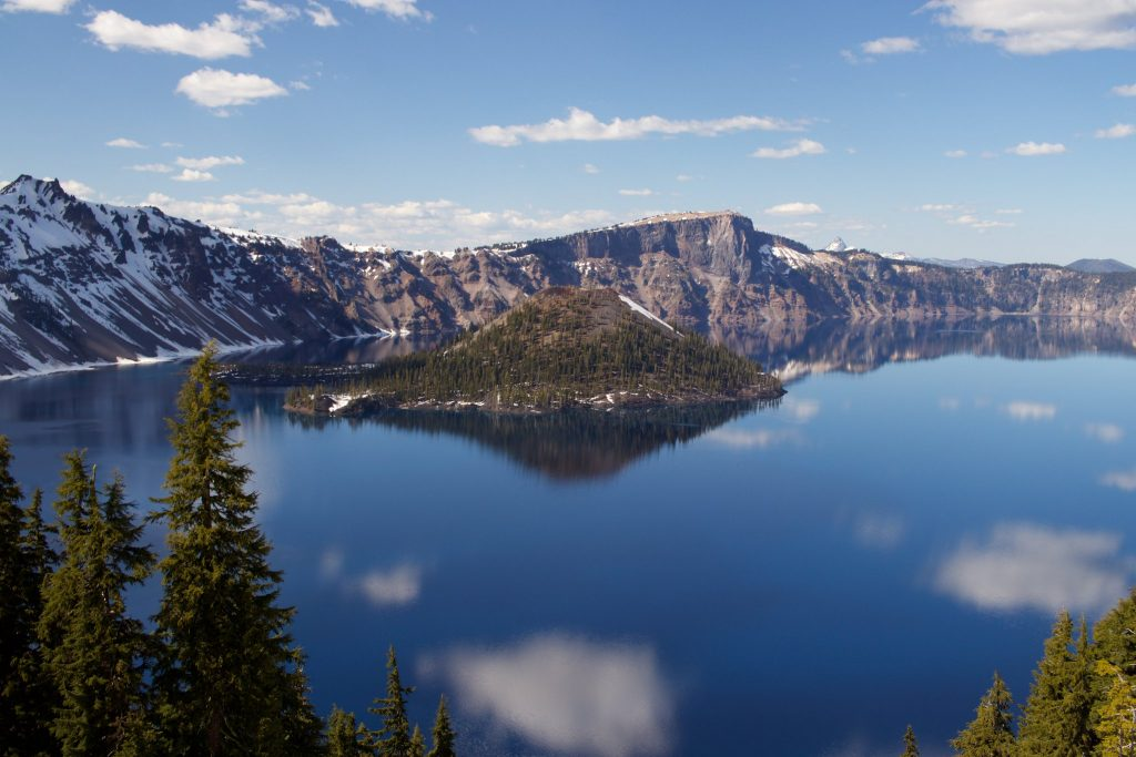 two-week US west coast road trip Oregon RV crater lake