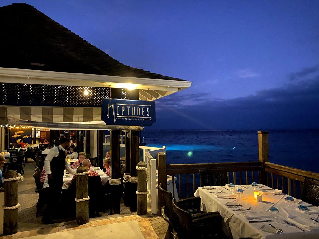 beaches ocho rios review restaurants