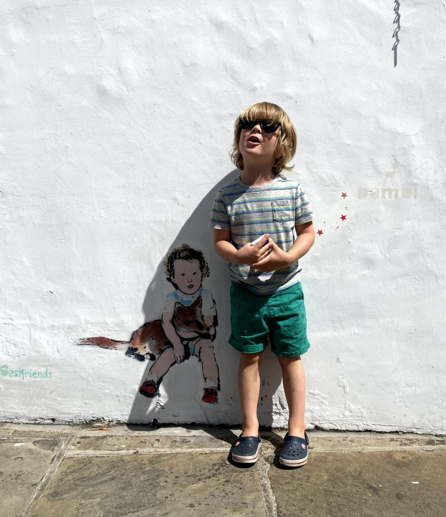 london with toddlers street art